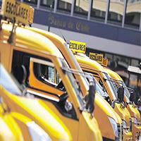Gobierno amplía opciones laborales a los transportistas escolares y podrán realizar otro tipo de servicios