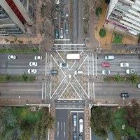 """46 nuevos cruces """"Tokio"""" en Chile, buscan evitar aglomeraciones peatonales al cruzar la calle"""